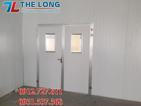 Cua Panel Phong Sach The Long 8